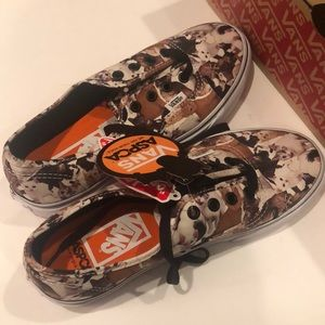 ASPCA kittens new vans women US 7.5 Men US 6.0